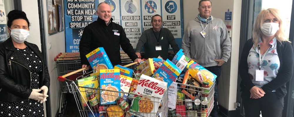 Big Thanks to LYNCH'S EUROSPAR at Skeoge for Donations to the Ballyarnett Support Team FOODBANK today